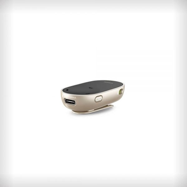 An image of the Phonak PartnerMic accessory seated on a white surface